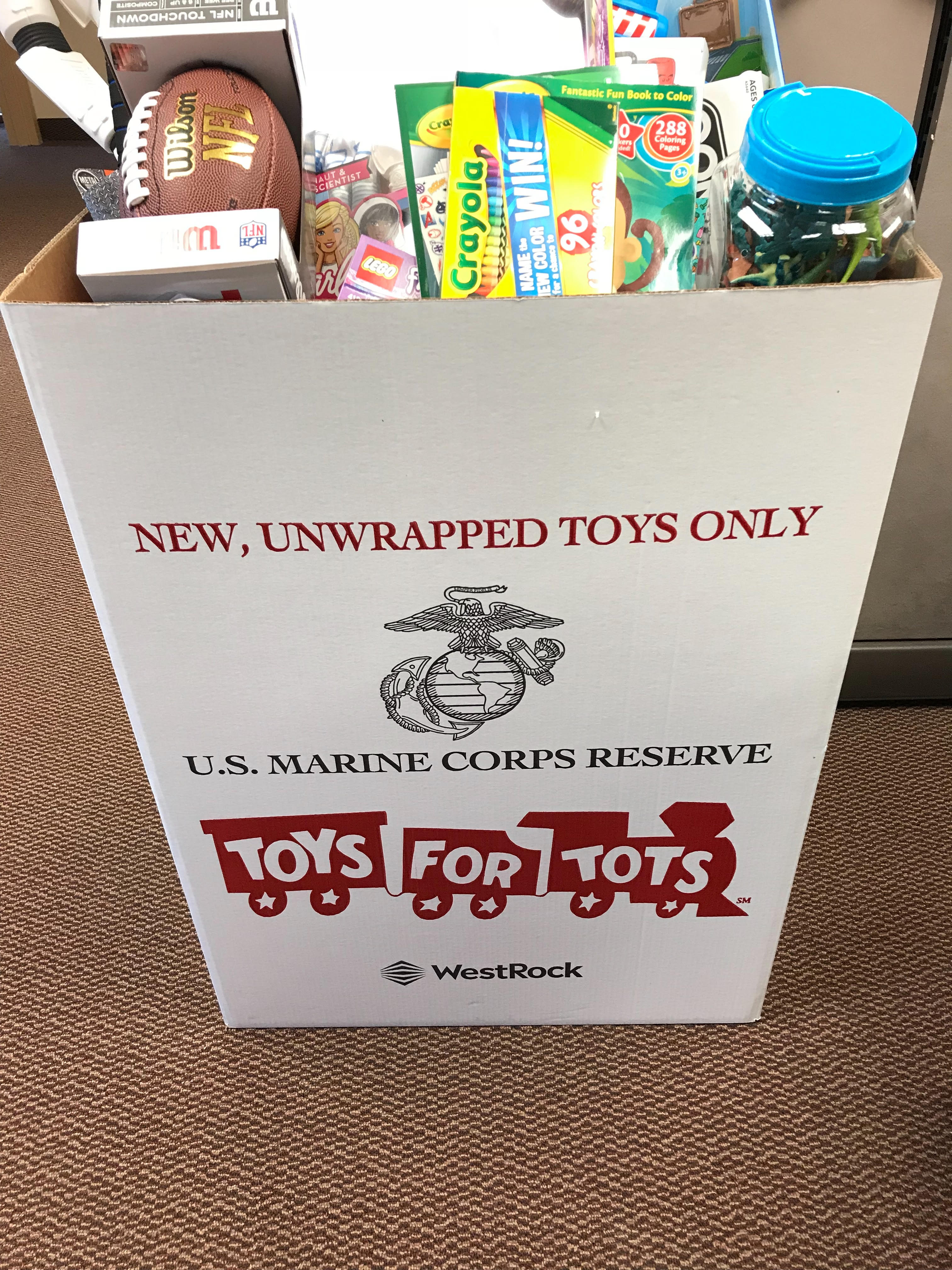 Toys For Tots 5.jpg